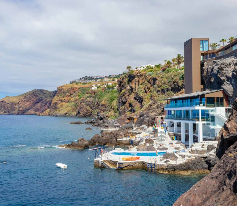 Galo Resort Hotels in Madeira Island